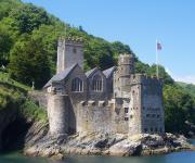 images/eme_gallery/catles/05/Dartmouth_Castle.jpg