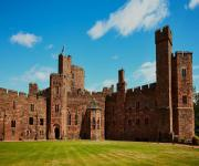 images/eme_gallery/catles/15/Peckforton_Castle.jpg