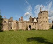 images/eme_gallery/catles/17/Thornbury_Castle.jpg